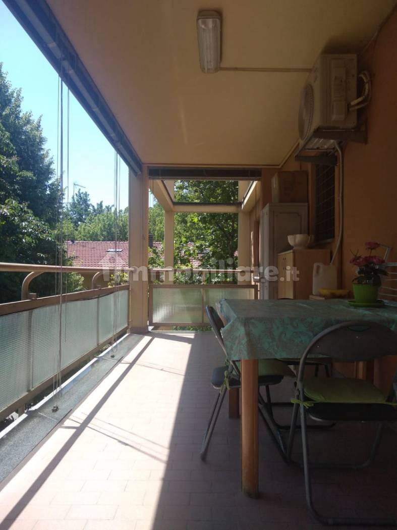 Trilocale buono stato con ampio terrazzo, secondo piano, San Damaso, Modena